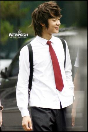 韓国男性アイドル制服の写真まとめ