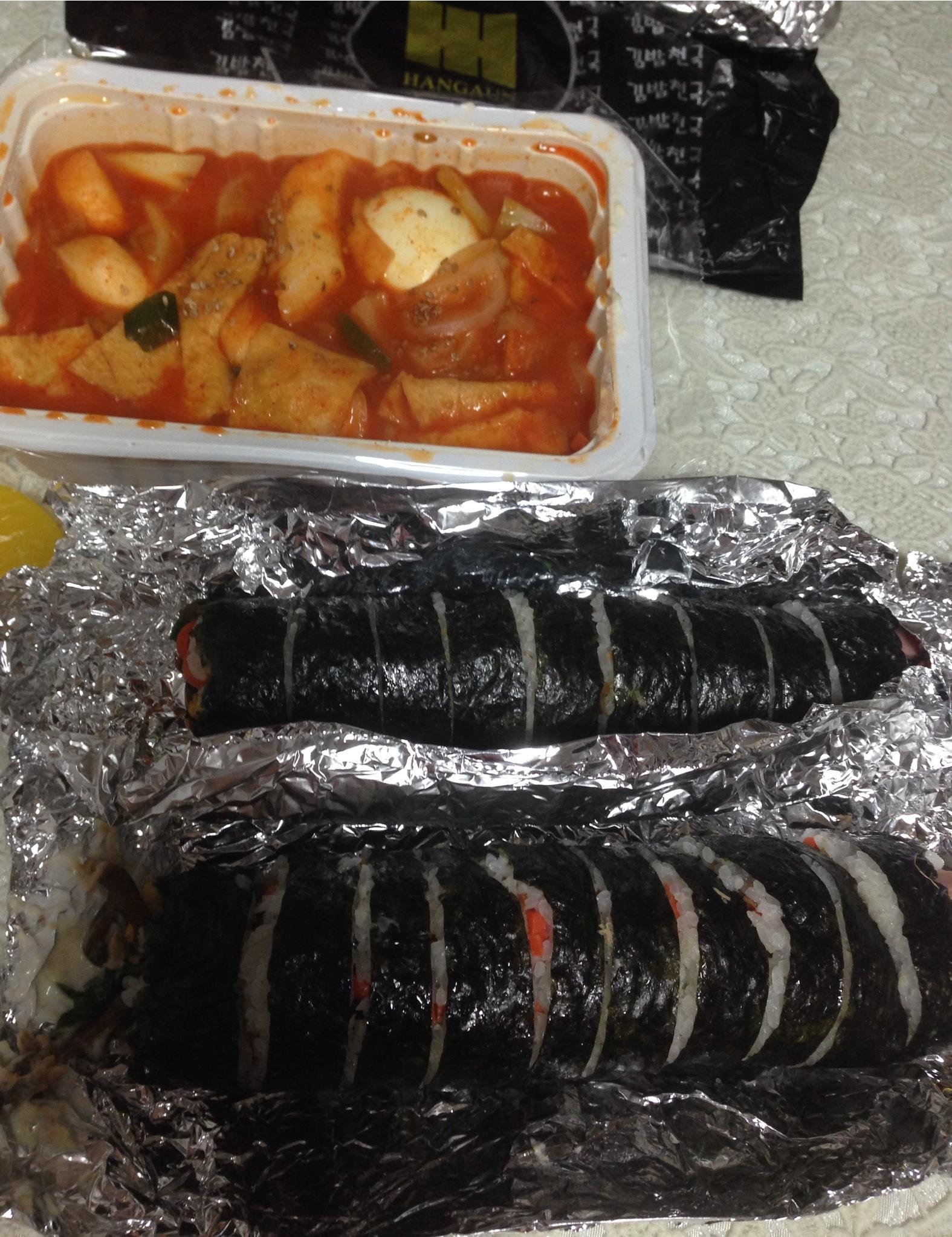 キンパ天国(チョングク)で簡単に夕食