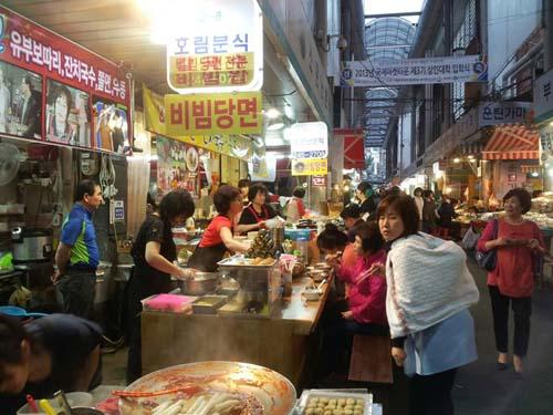 韓国人が釜山へ行くと食べるもの!