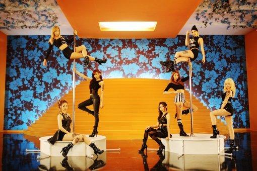 今回のアフタースクールはポールダンス!